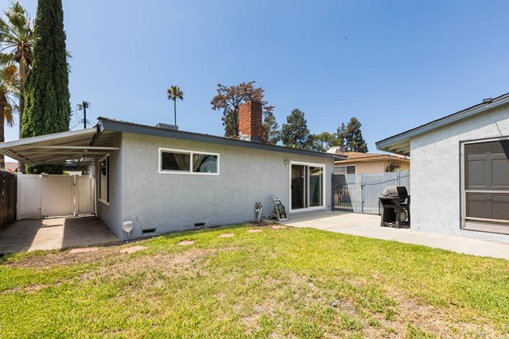 12723 Vose Street, North Hollywood CA: http://media.crmls.org/medias/c7890d13-6229-4b6a-b5c6-289c26d49e2b.jpg