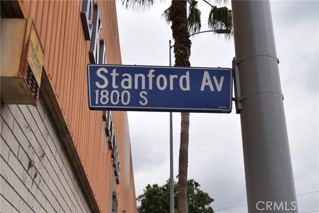 757 E Washington Boulevard, Los Angeles CA: http://media.crmls.org/medias/c7898594-9c21-48ea-960f-c0f98a65243d.jpg