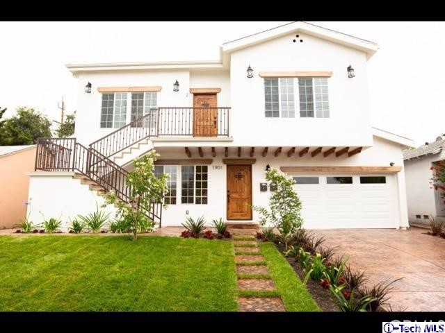 1901 N Hollywood Way, Burbank CA: http://media.crmls.org/medias/c78a7dd7-38c8-4d8f-9e8c-8f2b8045b6c9.jpg