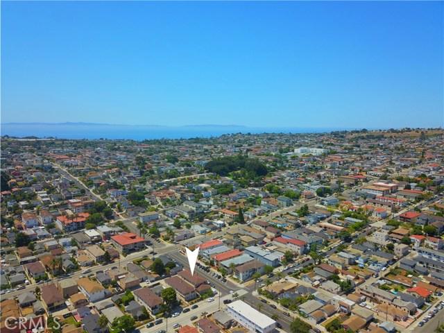 1804 S Cabrillo Avenue, San Pedro CA: http://media.crmls.org/medias/c78ce7c1-b1b9-472b-bcdf-f3e0f83fa241.jpg