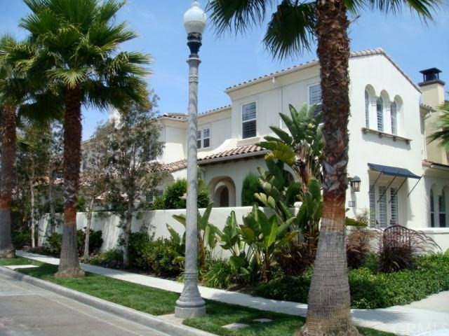 Huntington Beach, CA 4 Bedroom Home For Sale