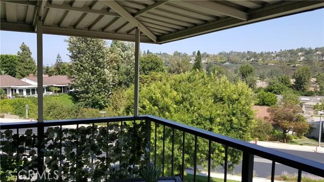 3271 San Amadeo, Laguna Woods CA: http://media.crmls.org/medias/c7b70424-81d1-47db-94f6-fd7afb81f0b4.jpg
