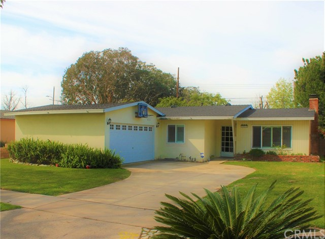 1412 Concord Street Santa Ana, CA 92701 is listed for sale as MLS Listing IV17039078