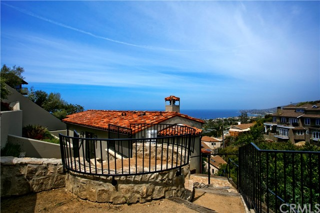 2100 Crestview Drive Laguna Beach, CA 92651 - MLS #: LG17181163