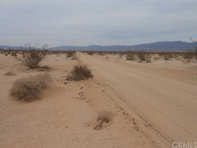 Additional photo for property listing at 5450 Bristol Avenue  29 Palms, California 92277 United States