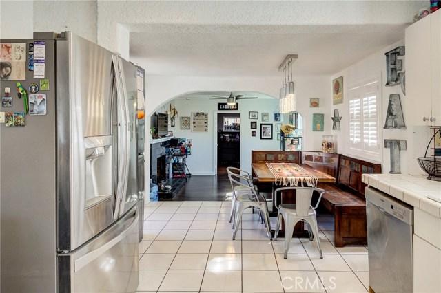 4724 W 161st Street, Lawndale CA: http://media.crmls.org/medias/c7e111a8-a5cd-4390-aa48-371e28c18848.jpg