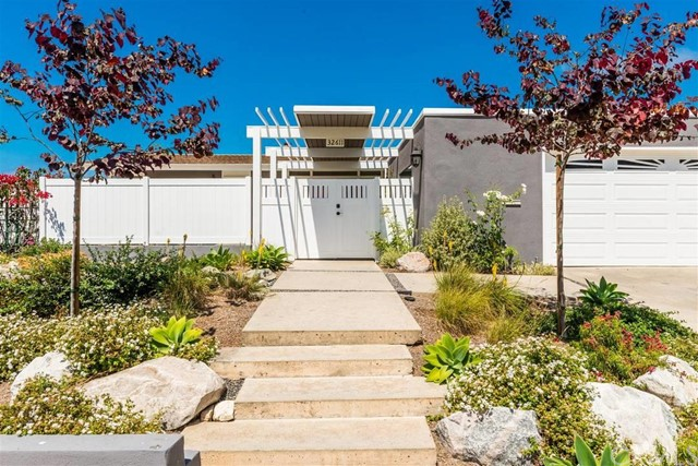 Single Family Home for Sale at 32611 Seven Seas Dana Point, California 92629 United States