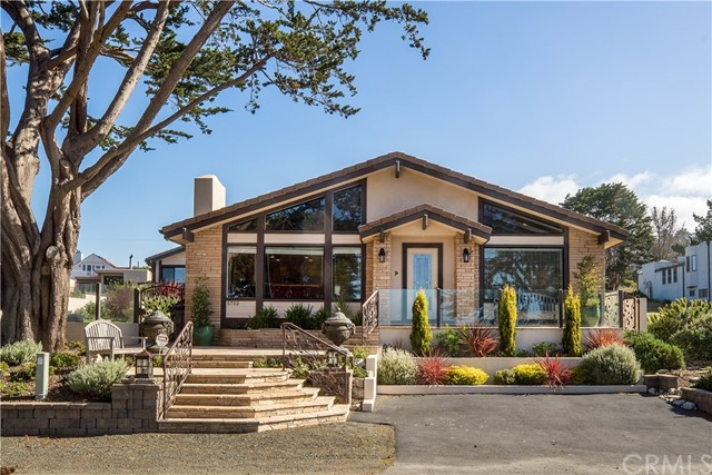 5752  Moonstone Beach Drive, Cambria, California