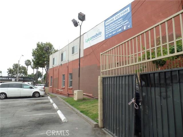 11009 Atlantic Avenue, Lynwood CA: http://media.crmls.org/medias/c7f40c6a-bd0d-4eb3-a4b9-c888374b762e.jpg
