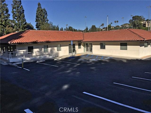 1441 N Brea Boulevard, Fullerton CA: http://media.crmls.org/medias/c8056912-2fe5-4c1f-853c-432fc5567aa9.jpg