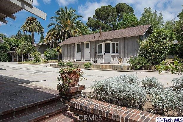 1521 N Columbus Avenue Glendale, CA 91202 - MLS #: 317005228