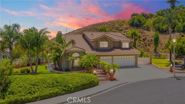 地址: 5425 Green Meadow Way, Yorba Linda, CA 92887
