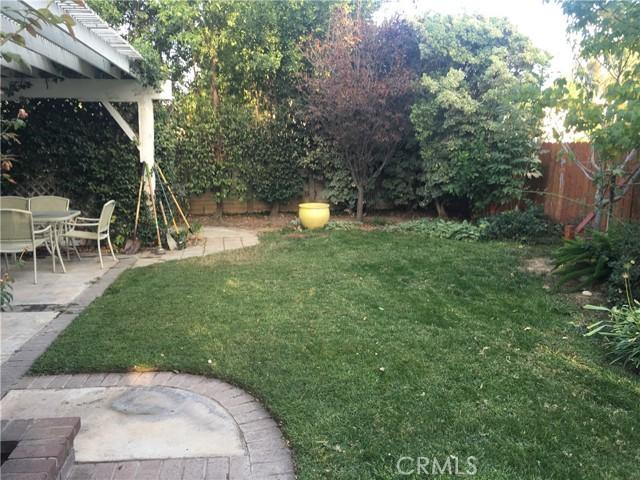 1742 Cambridge Circle, Redlands CA: http://media.crmls.org/medias/c8178bb2-e356-4bd2-a564-35ed80db52db.jpg