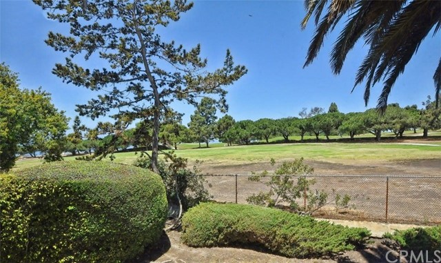 6887 Vallon Drive, Rancho Palos Verdes CA: http://media.crmls.org/medias/c8179bc2-0fa8-4774-ad14-b4bc6592f98f.jpg