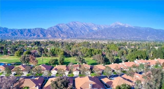 1301 Upland Hills S Drive, Upland CA: http://media.crmls.org/medias/c81f660c-77bf-481c-9ad2-d449db217492.jpg