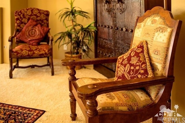 87 Avenida Lirio Blanco, Rancho Mirage CA: http://media.crmls.org/medias/c8215ec1-913b-413b-bd9a-7056f4db51f6.jpg
