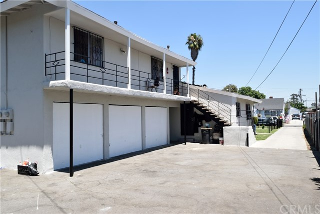 Single Family Home for Sale at 903 N Sloan Avenue Compton, California 90221 United States