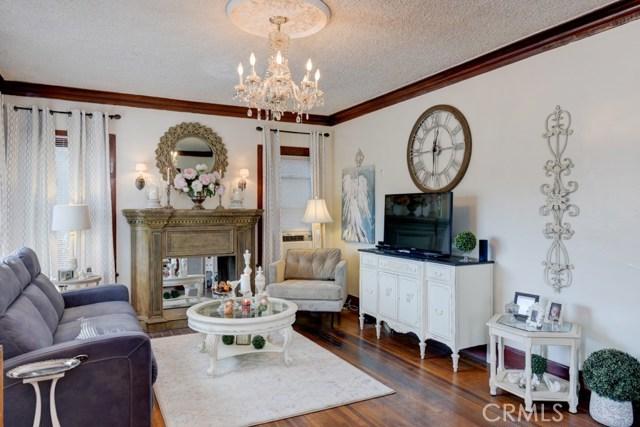 329 E Kingsley Avenue, Los Angeles, California 91767, 4 Bedrooms Bedrooms, ,3 BathroomsBathrooms,Single family residence,For sale,Kingsley,CV20207621