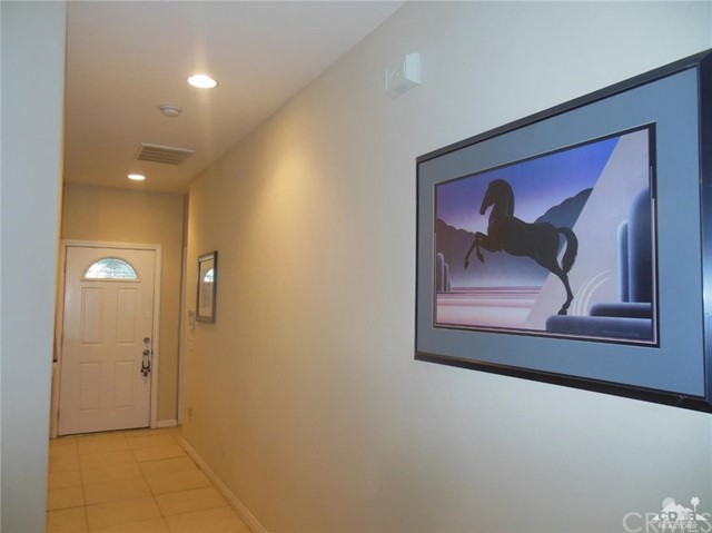 30075 Desert Moon Drive, Thousand Palms CA: http://media.crmls.org/medias/c84b2bdc-9d19-44cc-8370-a9689add922f.jpg
