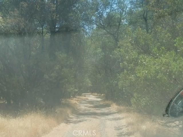 61 Purple Rock, Oroville CA: http://media.crmls.org/medias/c84b4035-c93a-488a-bebb-db8861731d0a.jpg