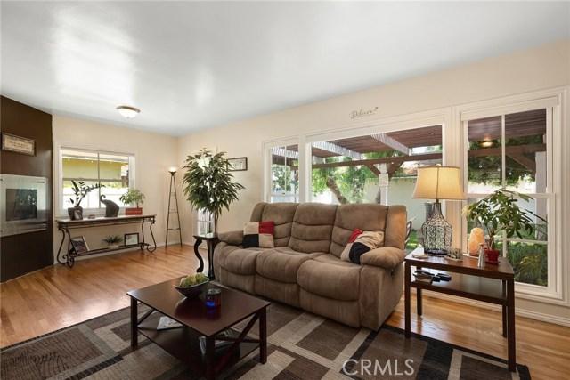 1220 Riverside Drive, Fullerton CA: http://media.crmls.org/medias/c84eaf42-65a4-4530-a57e-3e8e404049c3.jpg