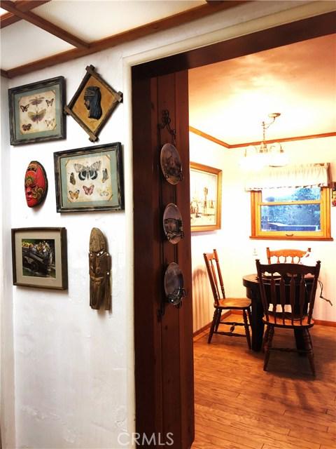 1574 Dorothea Road, La Habra Heights CA: http://media.crmls.org/medias/c852e252-a466-41c5-874e-026eeb16025e.jpg