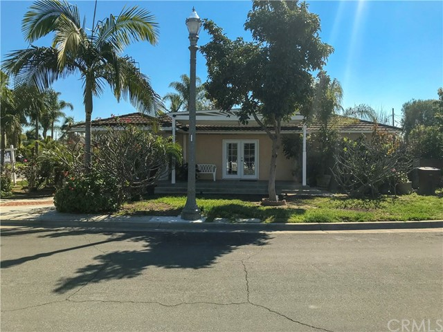 Photo of 800 W Royal Way, Anaheim, CA 92805