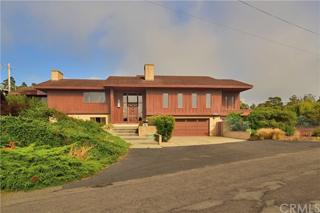 Single Family Home for Sale at 300 Tulare Avenue Morro Bay, California 93442 United States