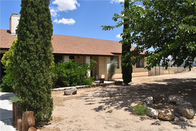 4921 Hermosa Ct, Yucca Valley, CA 92284 Photo