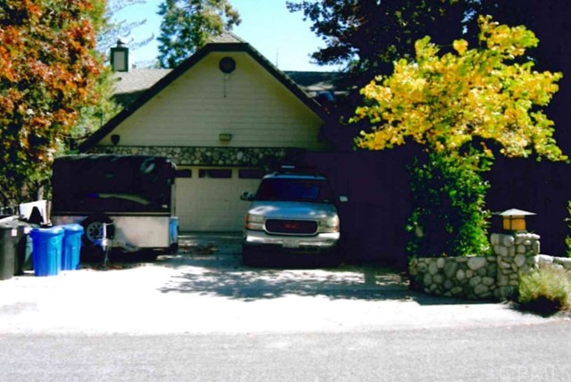 225 Birchwood Drive, Lake Arrowhead, CA 92352