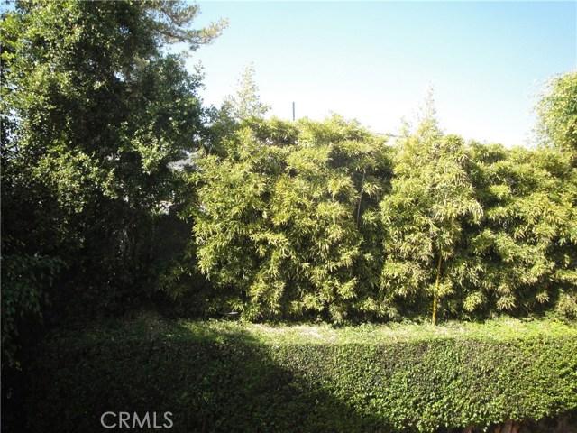 520 Oak Street, Laguna Beach CA: http://media.crmls.org/medias/c8684639-2f69-4876-af13-26b2c3c34c2f.jpg