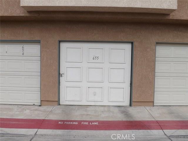 3577 W Greentree Cr, Anaheim, CA 92804 Photo 12