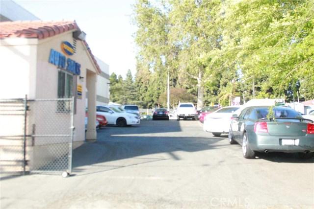 11540 Whittier Boulevard, Whittier CA: http://media.crmls.org/medias/c86e4ab2-ea6f-46cf-8bf0-990ec5dcc81e.jpg