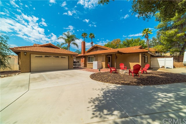 Photo of 30041 Red Setter Place, Canyon Lake, CA 92587