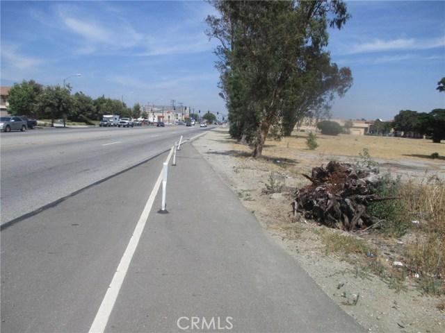 16617 Valley Boulevard, Fontana CA: http://media.crmls.org/medias/c8730218-cdf6-4c90-a1f6-a330cdd43066.jpg