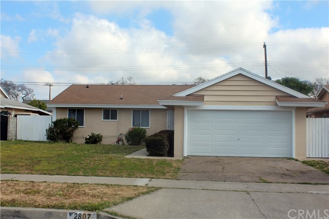 Single Family Home for Sale at 2807 Camden Place W Santa Ana, California 92704 United States
