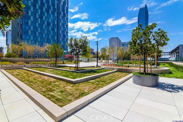 889 Francisco St, Los Angeles, CA 90017 Photo 43
