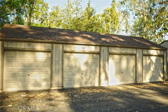 600 Central Avenue, Riverside CA: http://media.crmls.org/medias/c8ab1047-573d-4f3e-ad52-65674ab32e9b.jpg