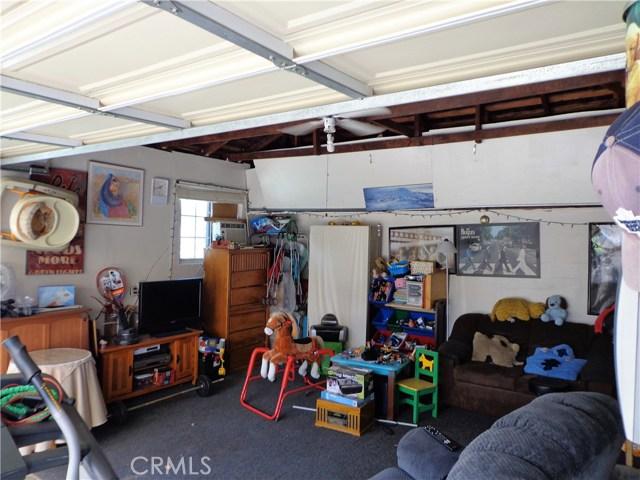 3944 N Frijo Avenue, Covina CA: http://media.crmls.org/medias/c8b6fa57-bc7f-4789-b095-1ebdd7a0e452.jpg