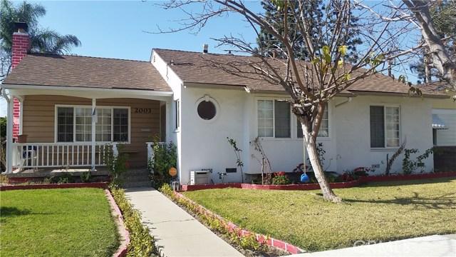 2003 Petaluma Avenue, Long Beach CA: http://media.crmls.org/medias/c8ba50ce-8cd3-4bb4-a05b-0a8fb69ef332.jpg
