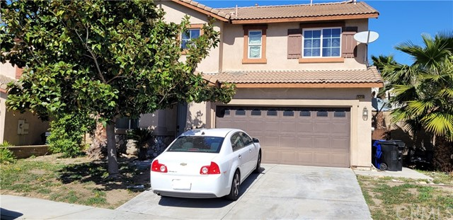 Detail Gallery Image 1 of 3 For 15338 Burnet Ct, Fontana,  CA 92336 - 4 Beds | 2/1 Baths