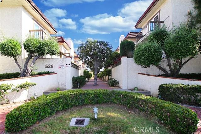 526 N Ynez Avenue, Monterey Park CA: http://media.crmls.org/medias/c8bbe0aa-dbdc-4023-baef-e92b71b6a8f3.jpg