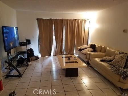 600 W 3rd Street Unit A112 Santa Ana, CA 92701 - MLS #: OC18137690