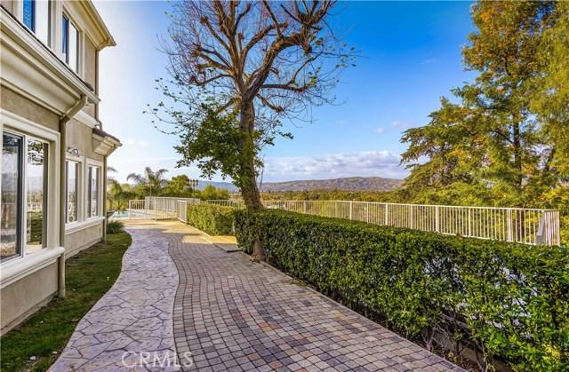 1818 Linda Vista Circle, Fullerton CA: http://media.crmls.org/medias/c8cf121e-b8c7-4185-a778-ffd069fe21f5.jpg