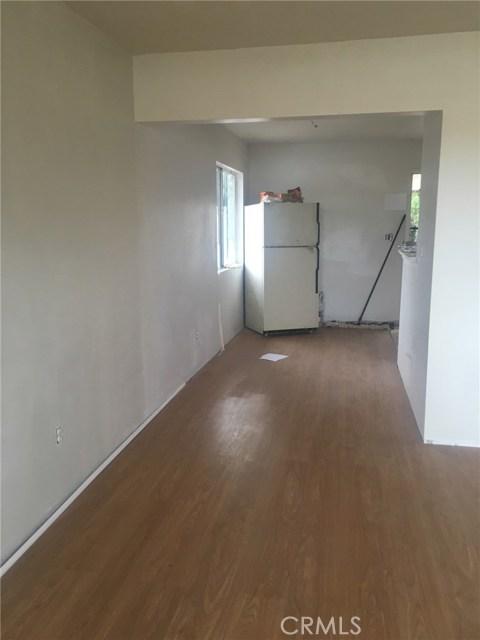 1028 S Foisy Street, San Bernardino CA: http://media.crmls.org/medias/c8d7c7b8-edc5-4a9b-96fe-c36baf5631c3.jpg