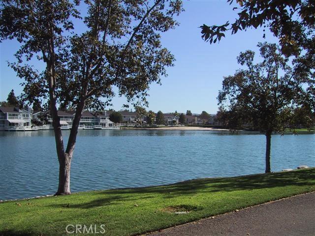 45 Woodleaf, Irvine, CA 92614 Photo 9