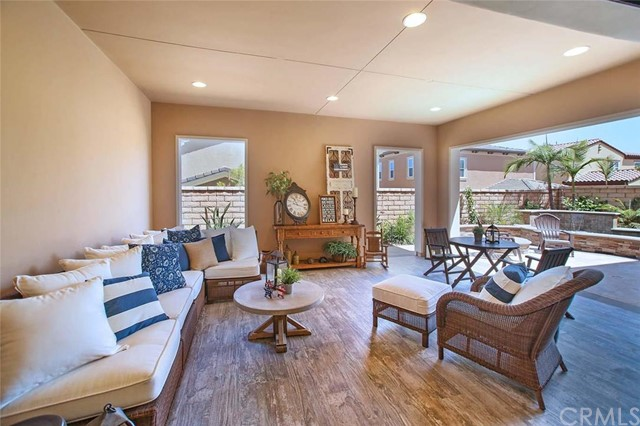 Single Family Home for Sale at 14 Goldenrod Lake Forest, California 92630 United States