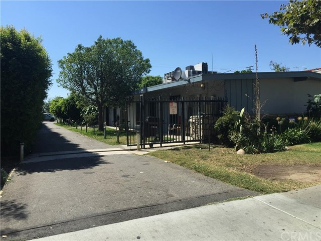 Residential Income for Sale at 220 Lyon St Santa Ana, California 92701 United States