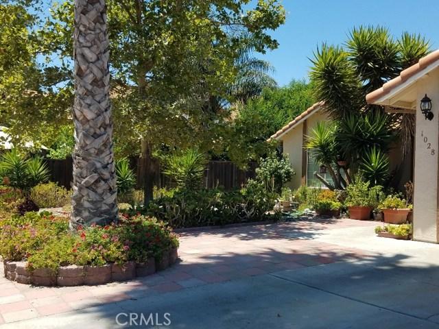 1028 Santa Maria Street, Los Banos CA: http://media.crmls.org/medias/c8f693fa-0cc8-4fcc-b4a2-8dc76b3bad75.jpg