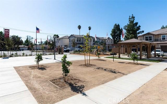 7822 Marbil Lane, Riverside CA: http://media.crmls.org/medias/c8fa497e-3b26-4470-9512-b2986c6354bd.jpg